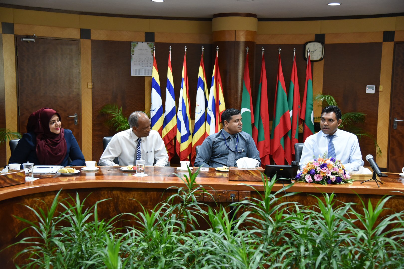 Vice President Faisal Naseem Meets With STELCO Managing Director And Senior Management